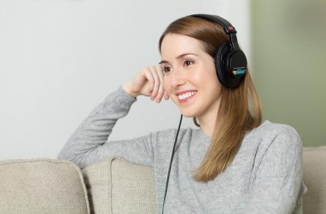 headphones mucis