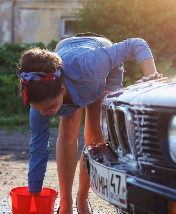 Incorporating daily physical activities or chores such as washing the car, keep a body healthy. Photo credit: Pixabay